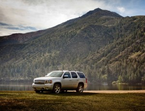 2013-Chevrolet-Tahoe-3-Critique-Automobile