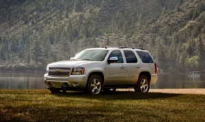 2013-Chevrolet-Tahoe-Critique-Automobile