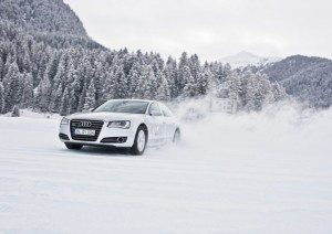 Audi A8 conditions hivernales neige Critique Automobile