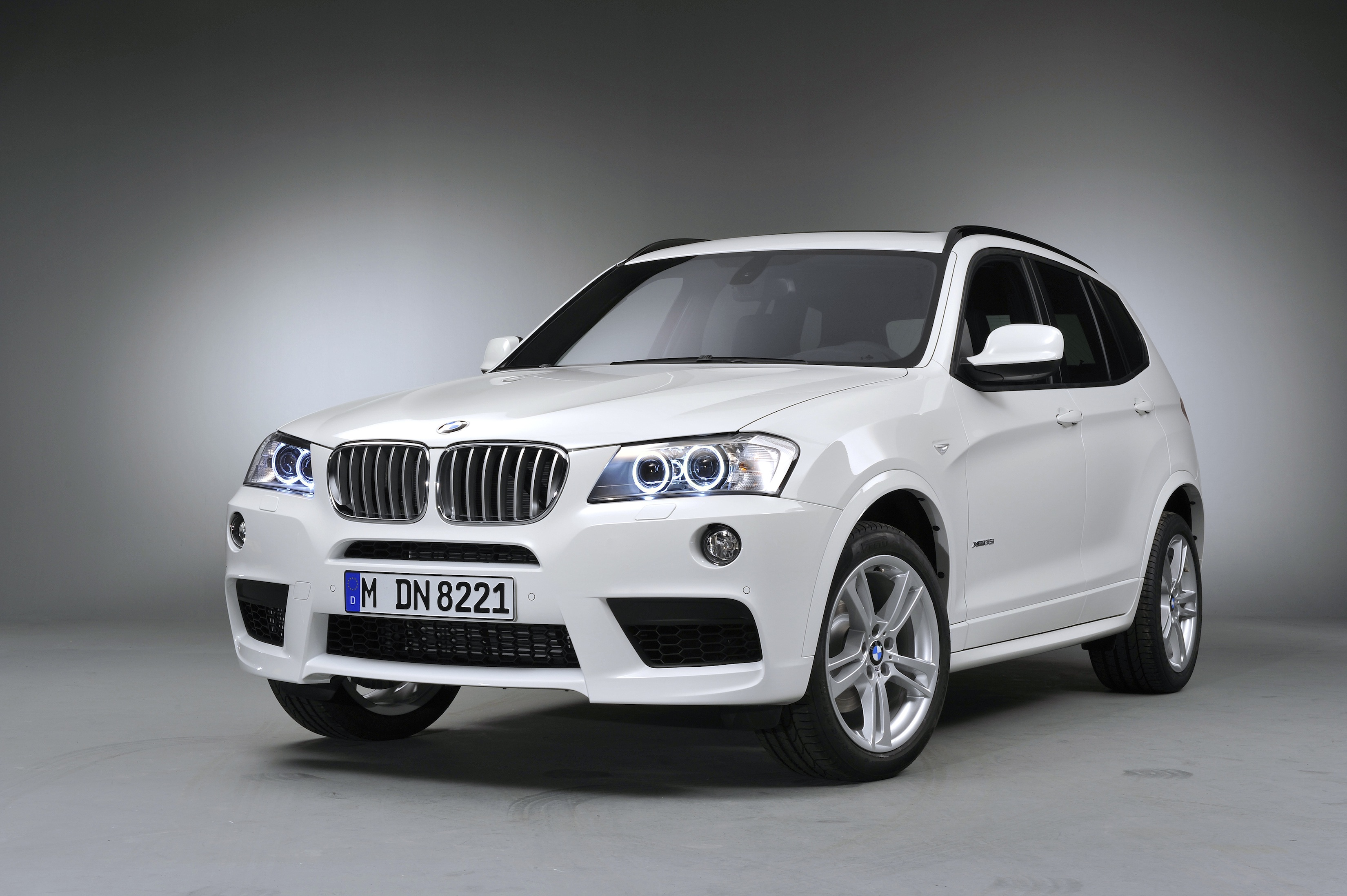 Essai du bmw x3 xdrive35i 2014 for 1 5 dimensioni del garage