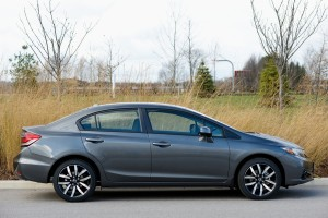 Honda-Civic-2013-côté-Critique-Automobile