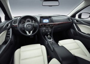 Mazda 6 GT 2014 habitacle Critique Automobile