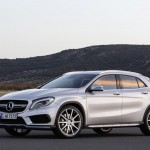 Mercedes-Benz GLA 45 AMG 2015 Critique Automobile