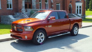 RAM 1500 Sport 2013 avant Critique Automobile